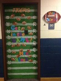 Classroom Door-football theme | Sports Team Classroom ...