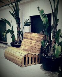 Pallets, Pallet chair and Upcycle on Pinterest