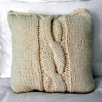 Cable Knit Pillow in Cream
