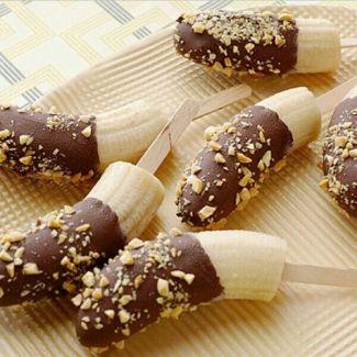 Frozen Chocolate dipped bananas. Heathy dessert option