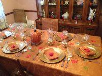 Thanksgiving dinner table setting. | Dinner table settings ...