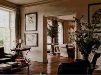 Queen Anne living room interior (2).   Oro se do bheatha ...
