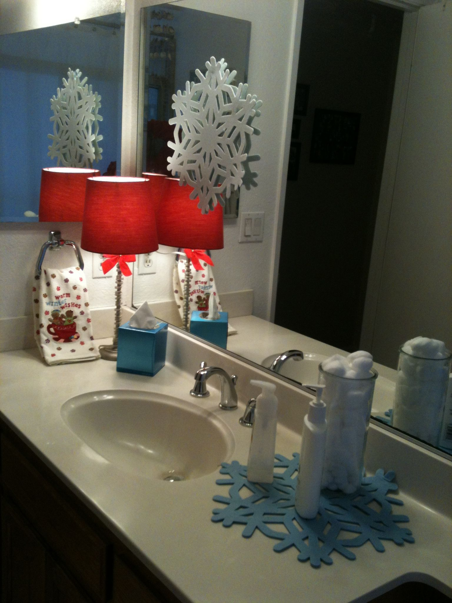 Bath Decorating Ideas Accessories Holiday Bathroom Decor For The Home Pinterest