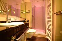 """Business Badezimmer Wiegand Design Hotel Hannover"" Design ..."