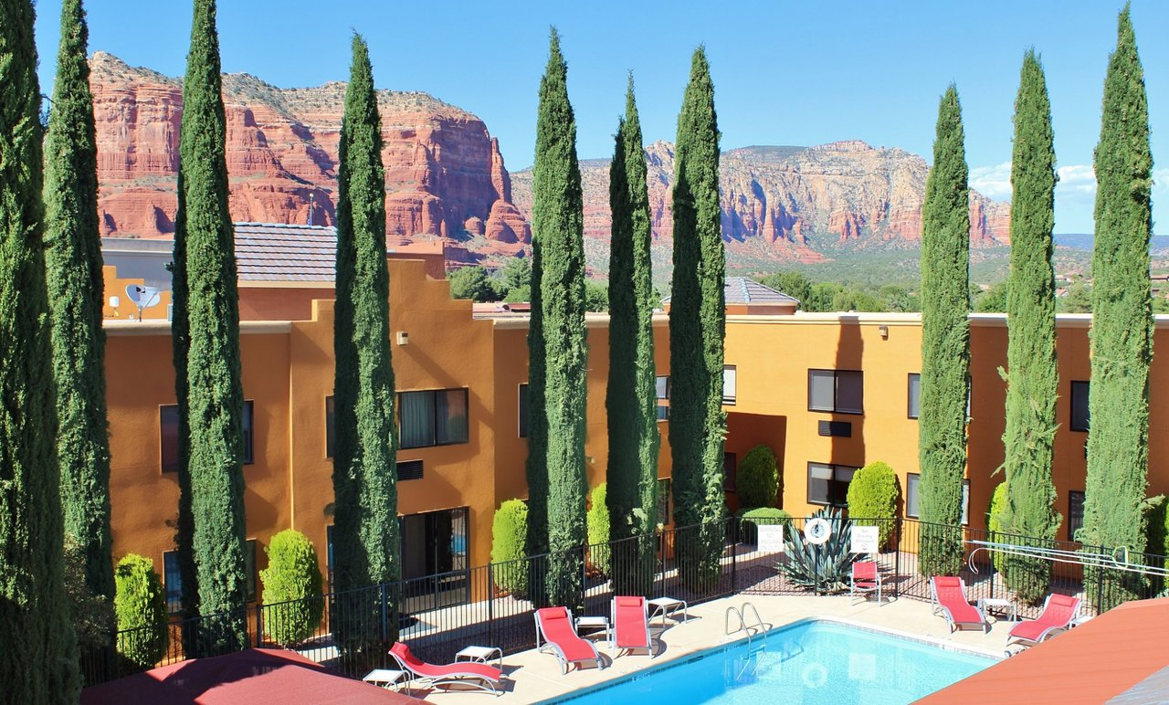 Cucina Restaurant Sedona Az Holiday Inn Express Sedona Oak Creek 119 176 Updated