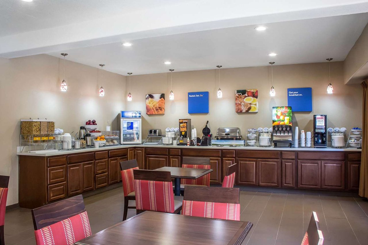 Cucina Tagliani Italian Kitchen - Glendale Comfort Inn Suites At Talavi Updated 2019 Hotel Reviews