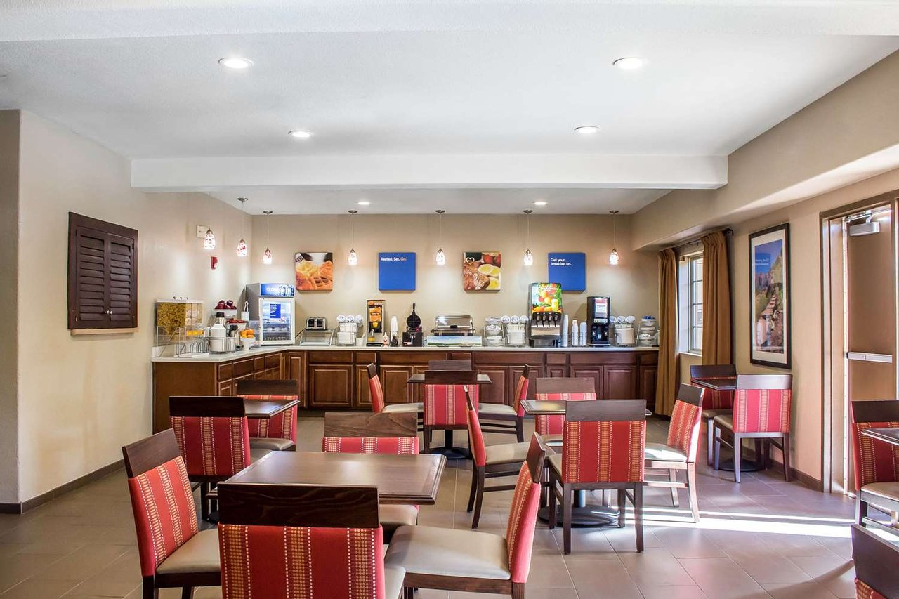 Cucina Tagliani 59th Bell Comfort Inn Suites At Talavi 59 80 Updated 2019 Prices