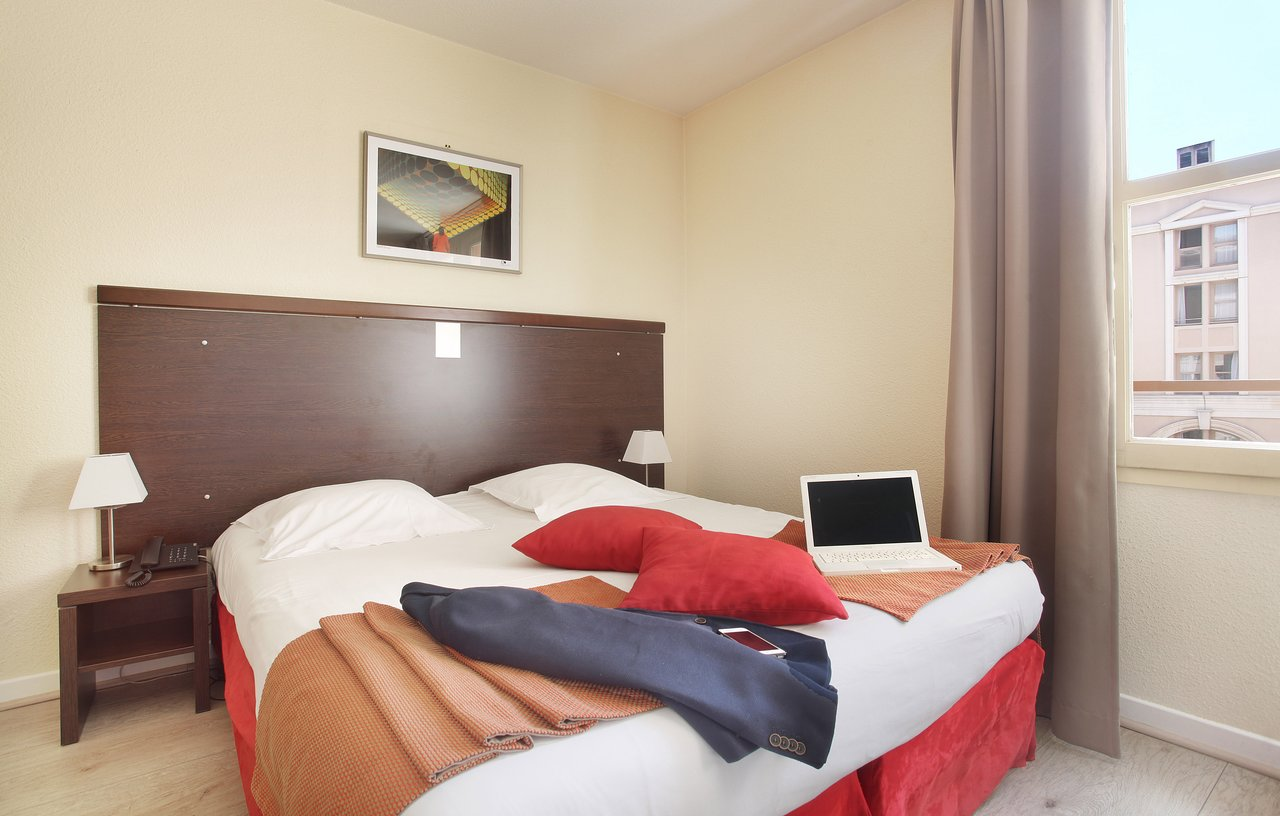 La Chambre Aux Confitures Aix En Provence Appart Hotel Odalys L Atrium 69 163 Prices Reviews