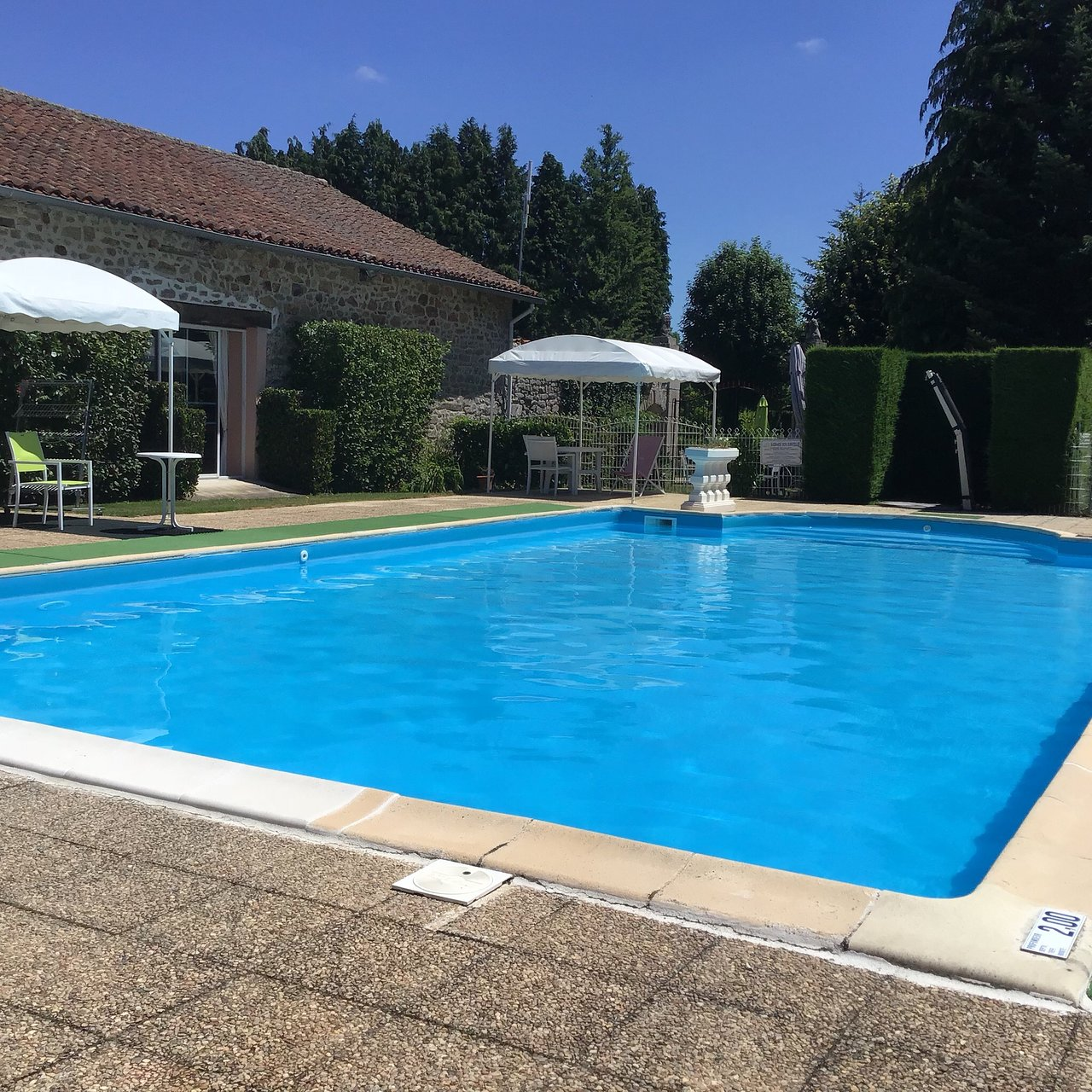 Camping Limoges Zwembad Camping Chateau De Leychoisier Updated 2019 Prices Campground