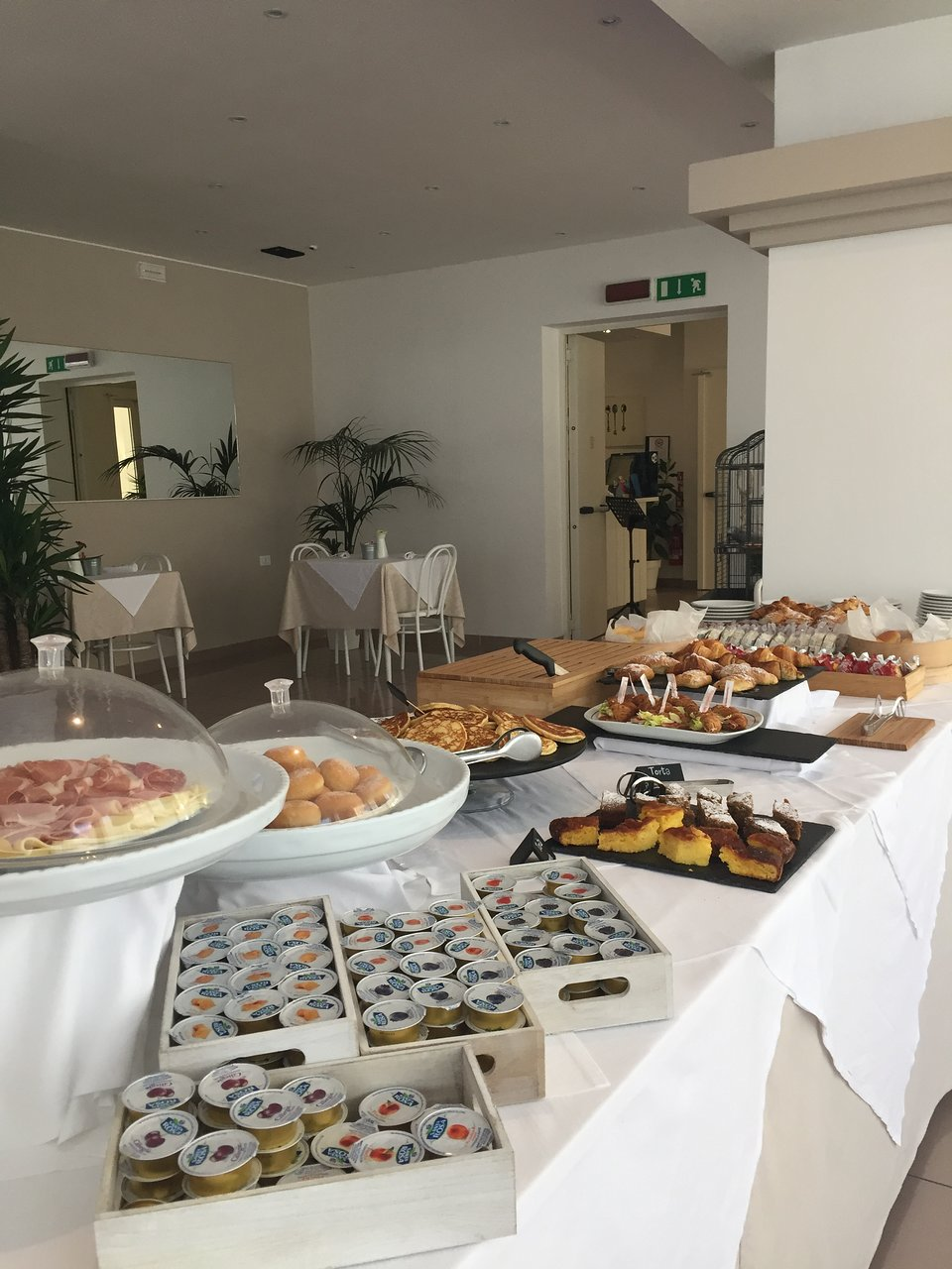 Al Caminetto Milano Marittima Hotel Bruna 101 141 Prices Reviews Milano Marittima