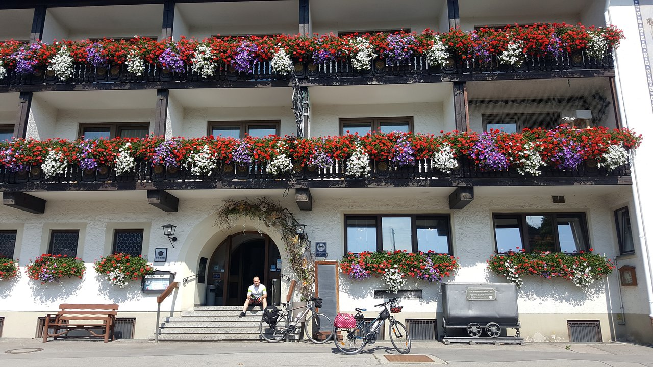 Zum Weißen Ross Bad Bayersoien The Best Peiting Bed And Breakfasts Of 2019 With Prices