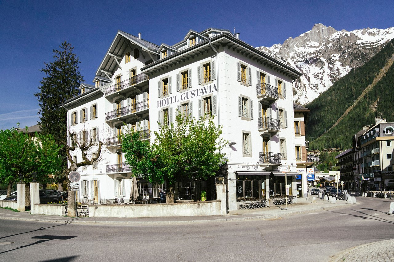 Hotel Montenvers The 10 Closest Hotels To Montenvers Mer De Glace Train Chamonix