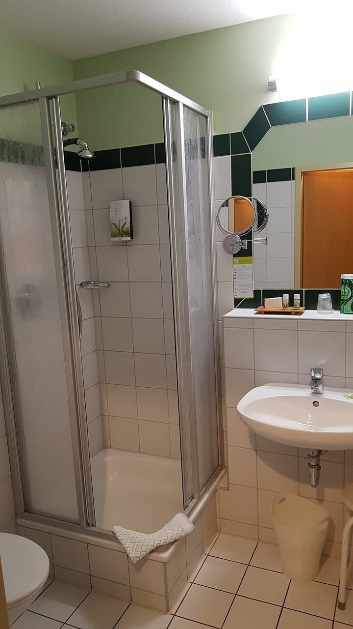 Badezimmer Curry Landgasthof Hotel Maximilian Prices Reviews Bad Feilnbach