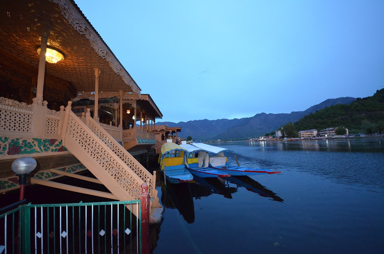 Asien Garden Burgdorf Katharine Houseboat Updated 2019 Prices Lodge Reviews And