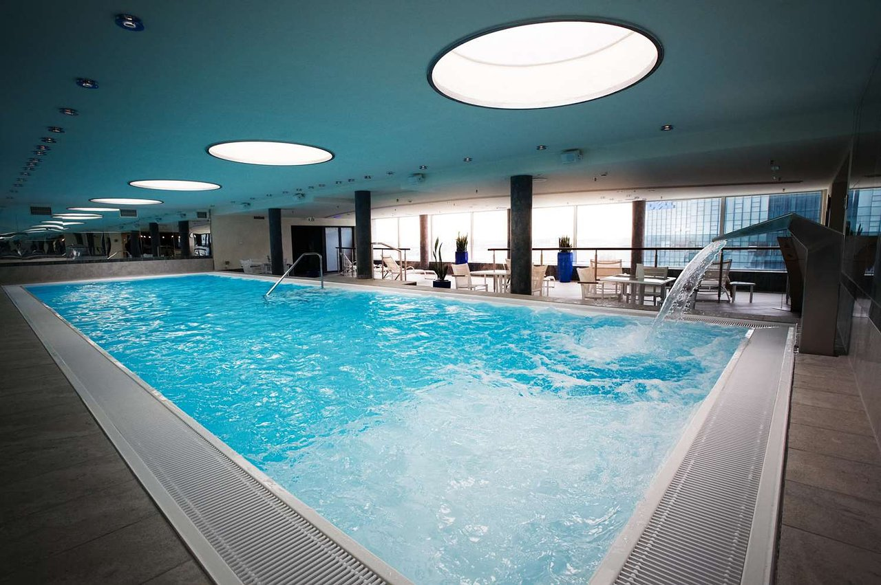 Swimming Pool Frankfurt Steigenberger Airport Hotel 93 151 Updated 2019 Prices