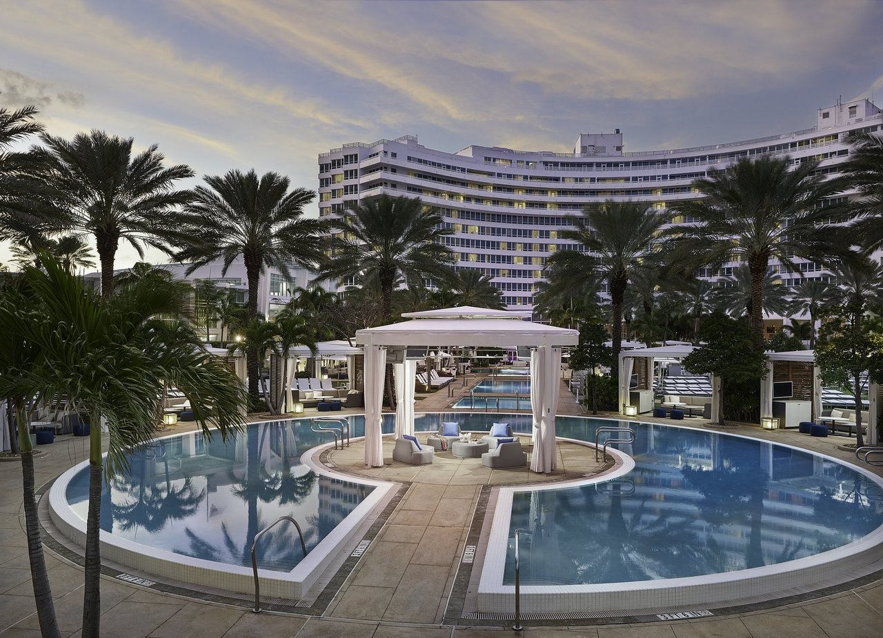 Miami Zwembad Fontainebleau Miami Beach Fl Foto S Reviews En