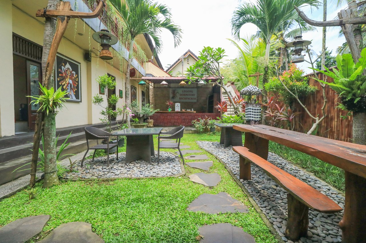 Cucina Uma Ubud Legong Dormitory Backpacker Ubud Hostel Reviews Kedewatan