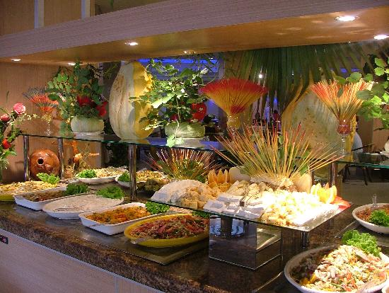 Les Buffets Froids Le Buffet Froid - Foto Van Ersan Exclusive Resort & Spa
