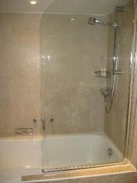 Bathroom with double sinks - Picture of Russell's ...