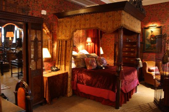 Camas Con Dosel Antiguas Inner Sanctum Bedroom - Picture Of The Witchery By The