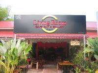 Living Room Cafe Bar & Gallery, Batu Ferringhi ...