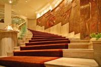 Grand-Staircase - Picture of Hotel Kohinoor Continental ...