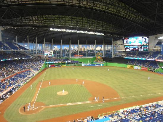 Air Conditioned Baseball - Review of Marlins Park, Miami, FL