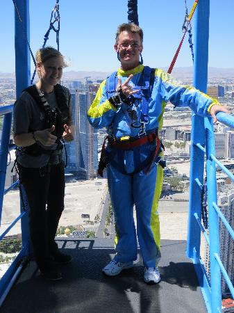Sky Jump Las Vegas towelbars