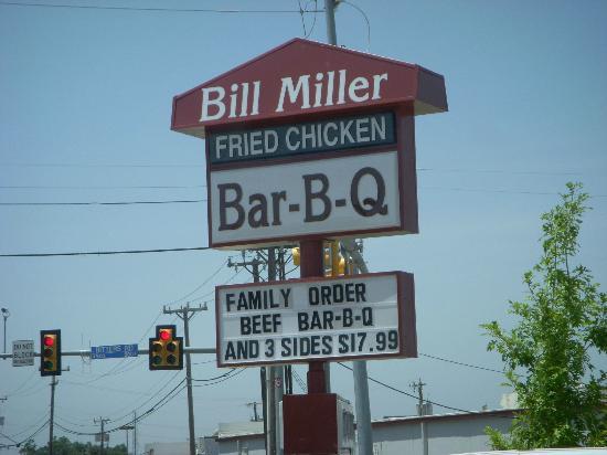 Bill Miller Bar-B-Q, San Antonio - 101 W Commerce St, Downtown
