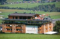 Dachpool - Bild von Alpina Zillertal, Fgen - TripAdvisor
