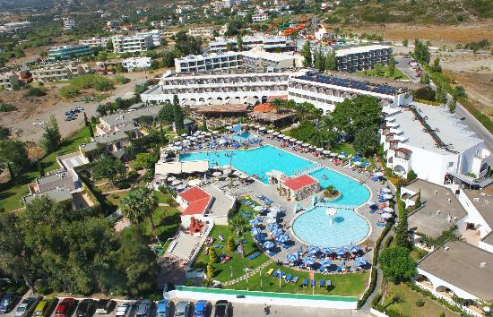 Wat Is Zwembad In Het Engels Sun Palace Hotel (faliraki, Griekenland) - Foto's, Reviews