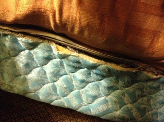 Bed Picture Of Comfort Inn Suites Edmonton Tripadvisor