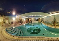 Swimming pool Giffels Goldener Anker  Bild von Ringhotel ...