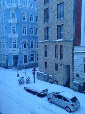 view from room - Picture of Aussen Alster Hotel, Hamburg - TripAdvisor - aussen alster hotel