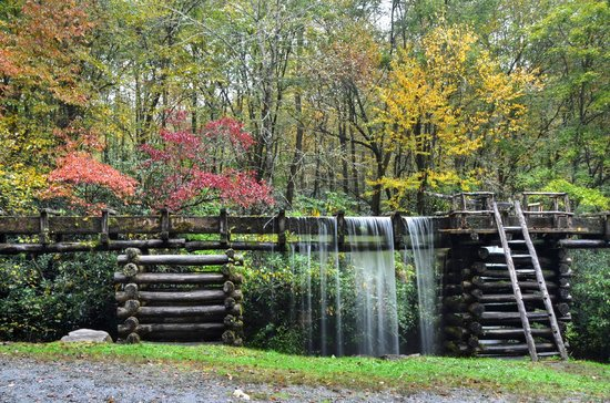 Gatlinburg In The Fall Wallpaper Mingus Mill Picture Of Great Smoky Mountains National
