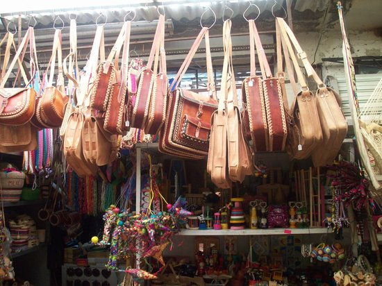 Ciudadela Menorca Mercadillo Leather Purses - Picture Of Mercado De Artesanias De La