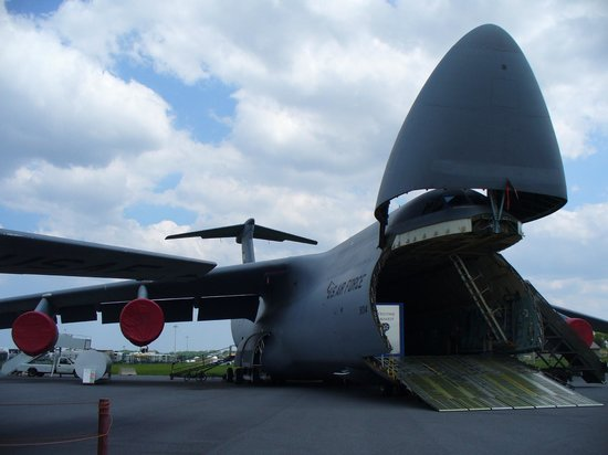 Cargo plane, looks like a whale\u0027s belly - Picture of Air Mobility
