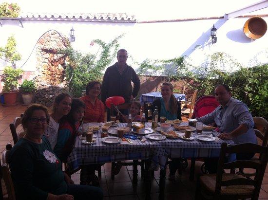 Ambiente Familiar Picture Of El Patio De Frasquito Pedro