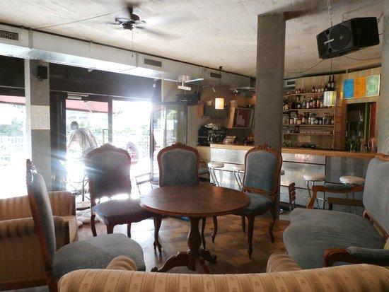 bar fürs wohnzimmer ~ kreative bilder für zu hause design ... - Bar Wohnzimmer Möbel