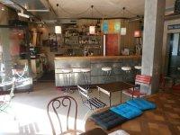 Wohnzimmer Bar ~ Raum und Mbeldesign Inspiration