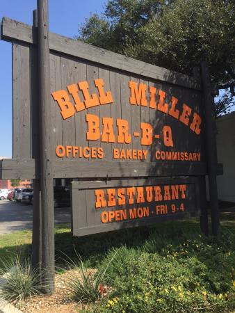 Bill Miller Bar-B-Q, San Antonio - 430 S Santa Rosa Ave - Restaurant