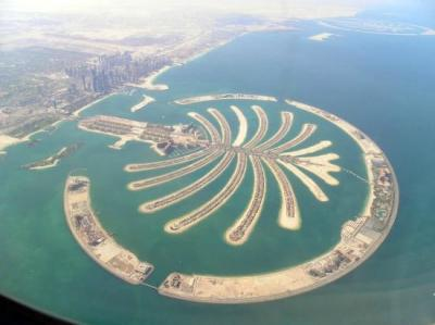 Palm Jumeirah from above - Picture of Palm Islands, Dubai ...