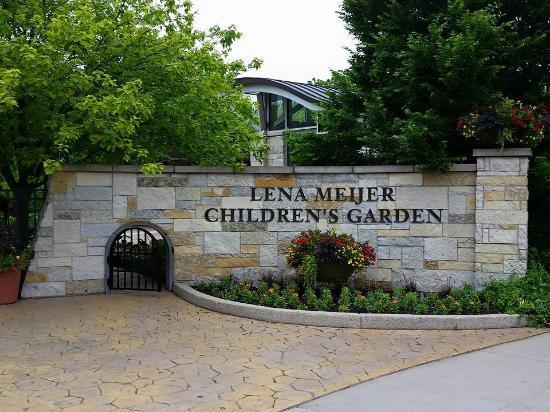 Childrens Garden Entrance - Picture of Frederik Meijer Gardens