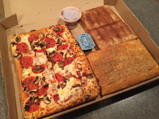 $10 Dinner Box - Great deal! - Picture of Pizza Hut, Maricopa