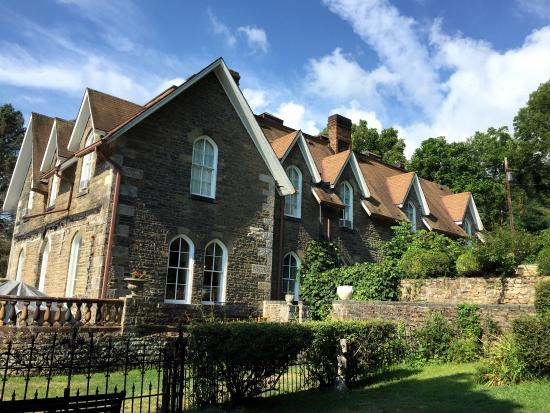 The Castle Bed And Breakfast Prices Bb Reviews Mount