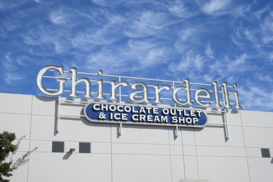 Ghiradelli Ice Cream Shop and Factory Outlet, Lathrop, Ca - Picture - lathrop ca