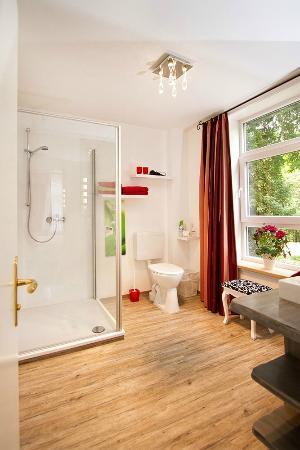 Badezimmer - Picture of Hotel Schifferkrug, Celle - TripAdvisor - badezimmer celle