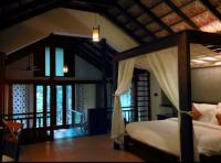 pvt honeymoon pool villa with glass flooring - Picture of ...