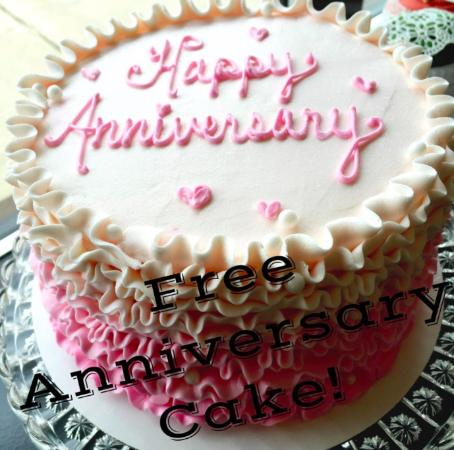 Free 1 Year Anniversary Cake with Wedding Cake Purchase - Picture of - free anniversary images