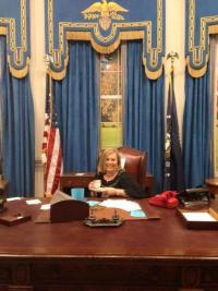 In the Oval Office of The West Wing. - Picture of Warner ...